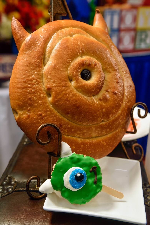 Mike Wazowski sourdough bread